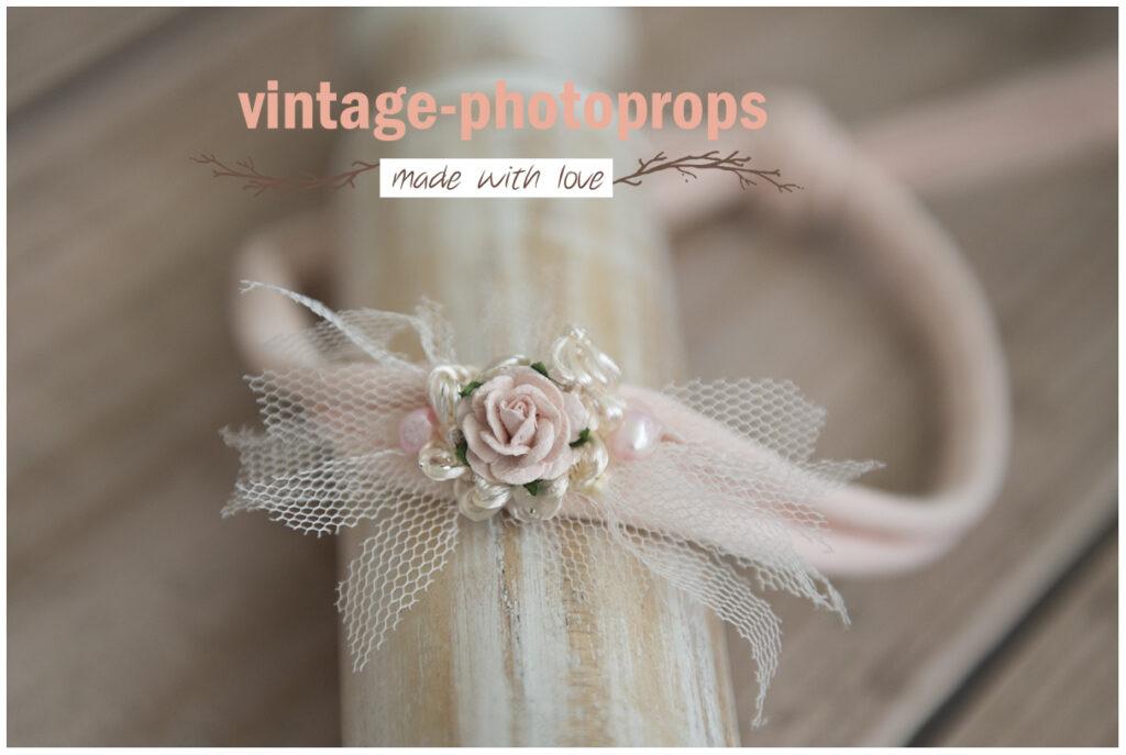 Newborn tieback soft rose met tule