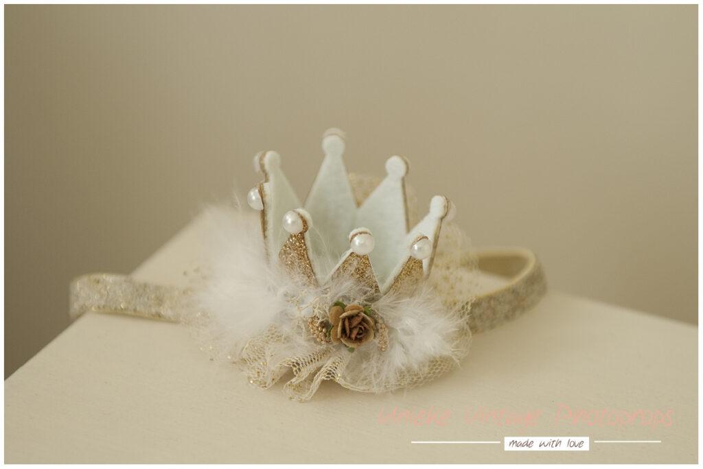 Golden mini crown met elastiek