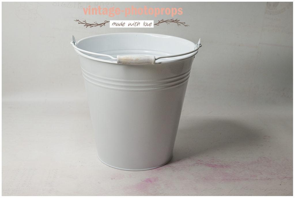 Newbornprop metalen emmer white