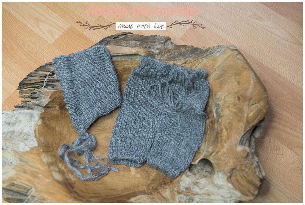 Newborn gebreid broekje + mutsje grijs