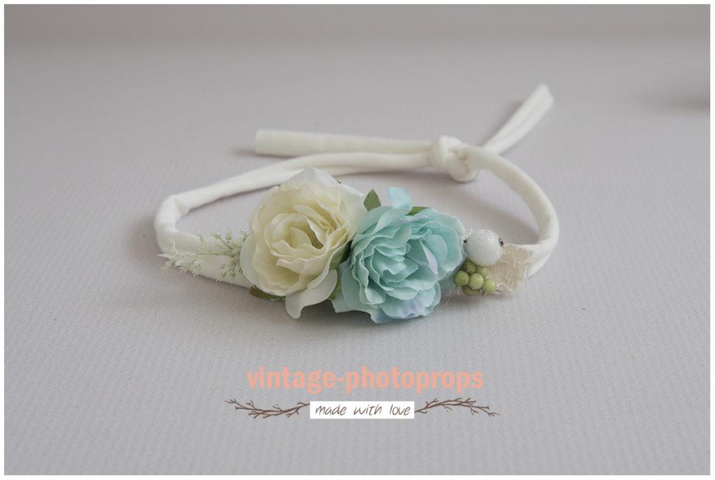 Prachtige tieback flowers off-white/mintgroen all